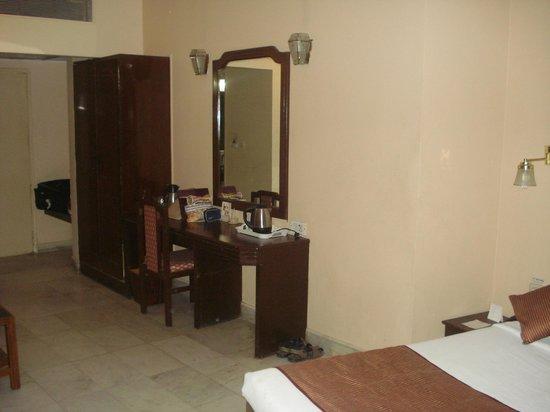 Hotel Vishnupriya:                   inside room view