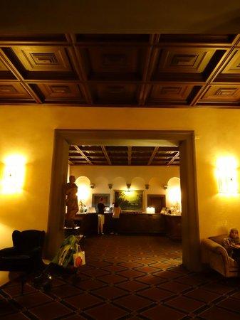 Grand Hotel Baglioni Firenze:                   ロビー                 