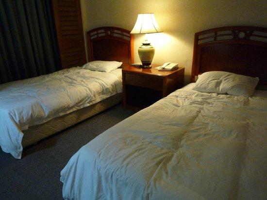 Sabah Oriental Hotel:                   ツイン