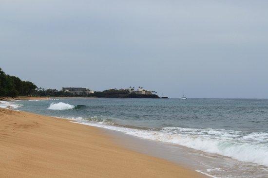 Honua Kai Resort & Spa:                                     Beach in front of Honua Kia