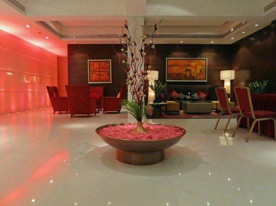 Grand Sarovar Premiere Mumbai:                   Lobby