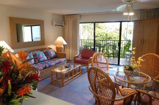 Pono Kai Resort: Living Room