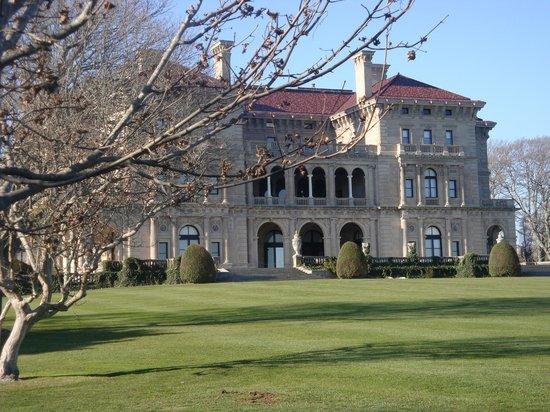 Newport, Rhode Island: The Summer Residence