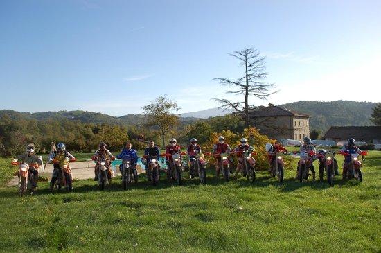 Agriturismo Il Borgo di Faeta: Pronti per escursione con guida
