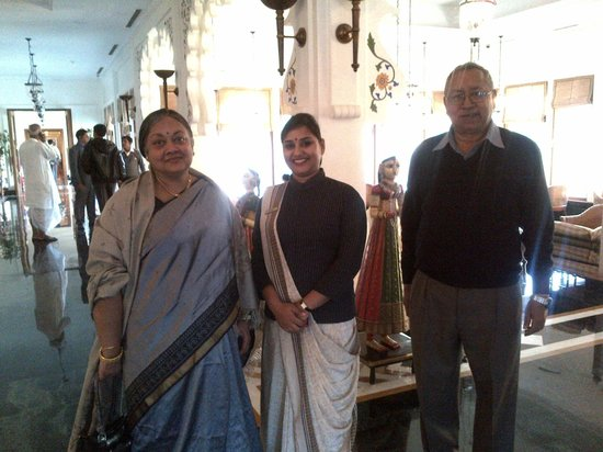 Trident Udaipur: With Shikha at the lobby