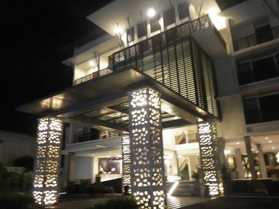 Sun Island Hotel & Spa Kuta : Exterior