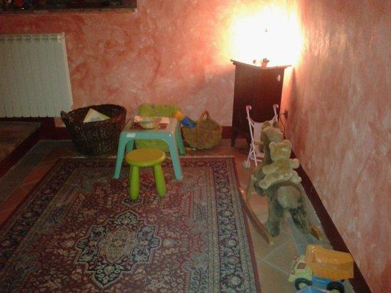 Agriturismo Il Borgo di Faeta: Saletta giochi