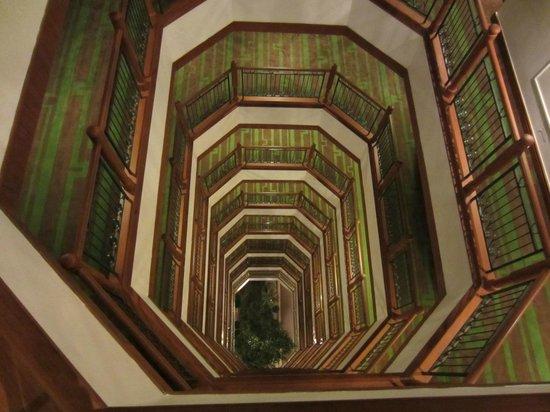 Bangkok Hotel Lotus Sukhumvit:                   Couloir de l'hotel                 