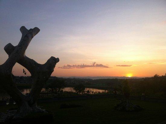 Royal Naypyitaw Hotel:                   Sunrise from Restaurant