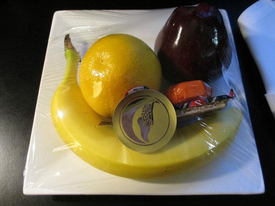 The Los Angeles Athletic Club:                   Welcome fruits
