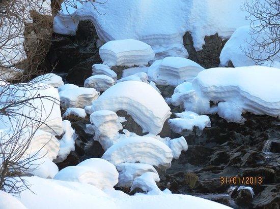 Neige et Merveilles : Les roches meringuées