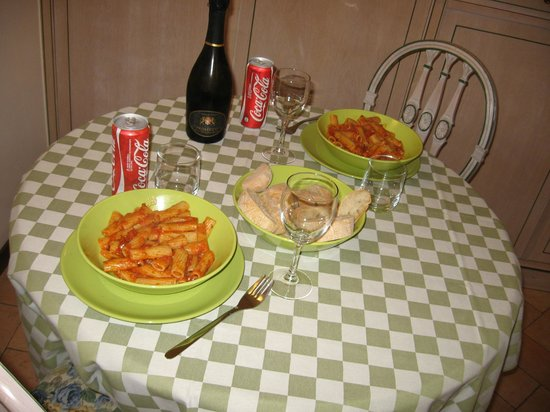 Residence La Limonera:                   We made macaroni every night in unit 29, beautiful!