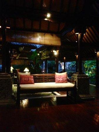 Warwick Ibah Luxury Villas & Spa:                   reception                 