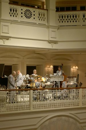 Disney's Grand Floridian Resort & Spa:                   jazz