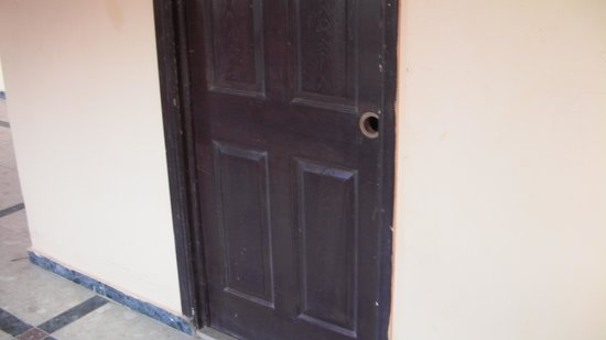 Zouara Hotel:                   actual room door