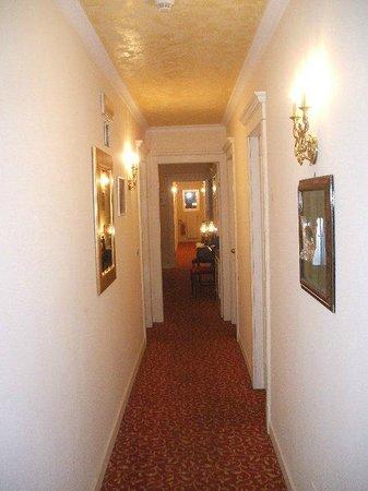 Hotel Garni Aster: Corridoio_Hotel Aster