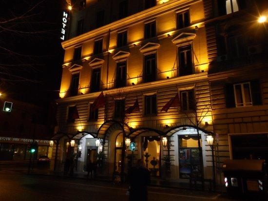 Hotel Romanico Palace:                   exterior