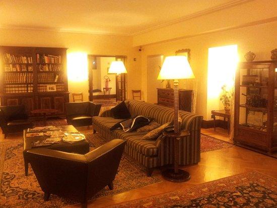 Relais 6:                   Sala de estar