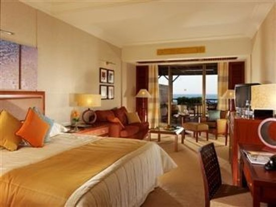 Four Seasons Hotel: Guest Room