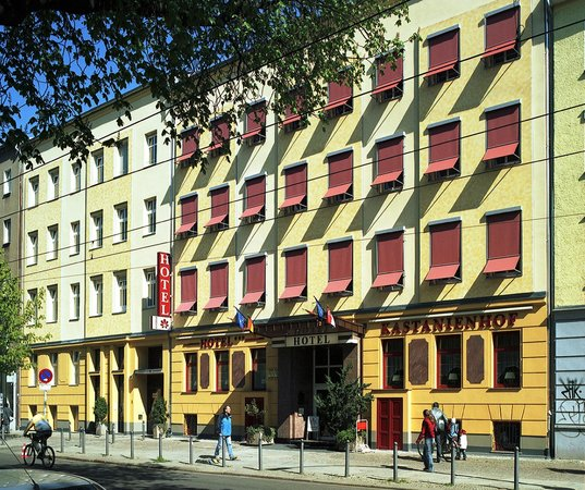 hotel pension kastanienhof berlin tyskland hotell. Black Bedroom Furniture Sets. Home Design Ideas