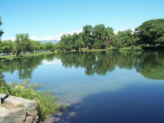 San Miguel de Tucuman, Argentina:                   Lago San Miguel