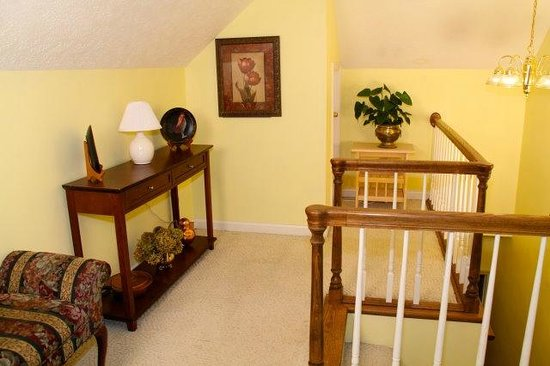 Taylor House Inn: The Attic Suite