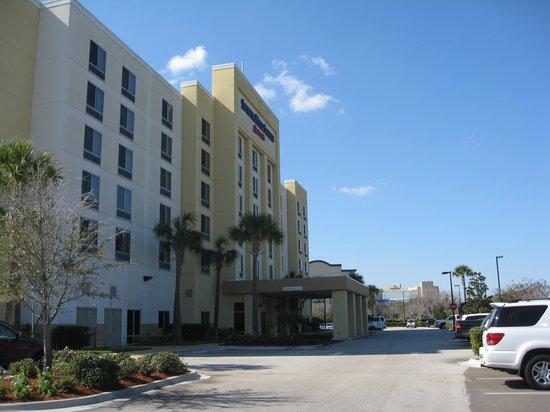 SpringHill Suites Orlando Airport: Exterior view