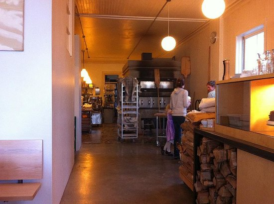Vergennes Laundry: the seating area opens into the baking area