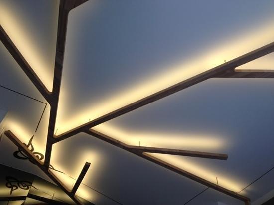 Gradiva Hotel:                   le plafond de la chambre
