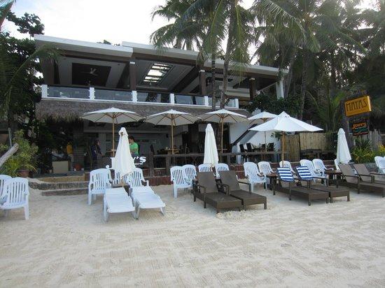 Jony's Beach Resort:                                                       Beach side restaurant/bar                