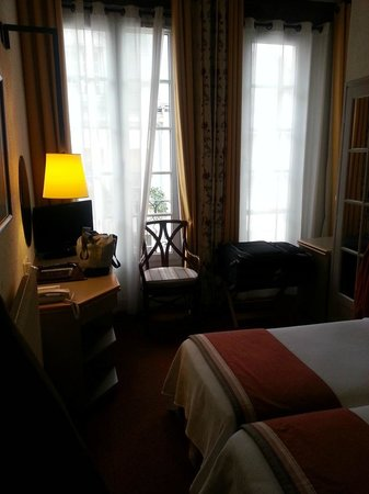 Hotel de Lutece: Room 442