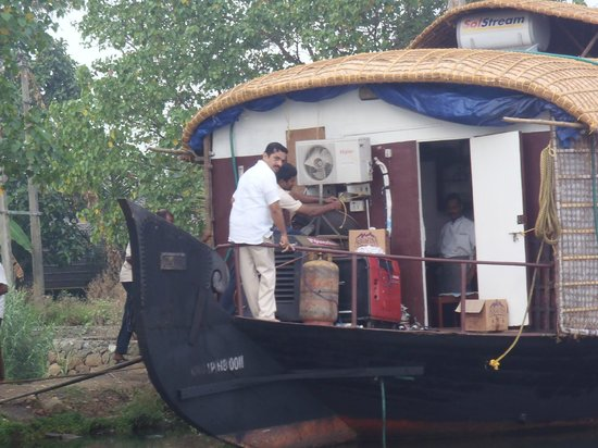 Athreya Ayurvedic Centre:                                                       House boat in the area