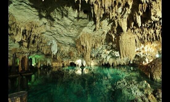 Sac Actun:                   Cenote Sac Actún