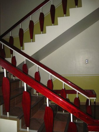 Hotel Uno: stairs