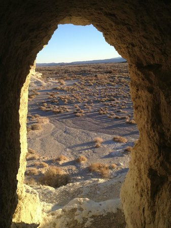 Dublin Gulch : View out of one of the caves
