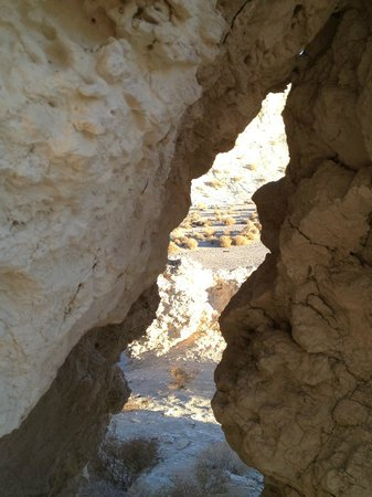 Dublin Gulch : Crevice in the soft rock (Volcanic Ash) of the area