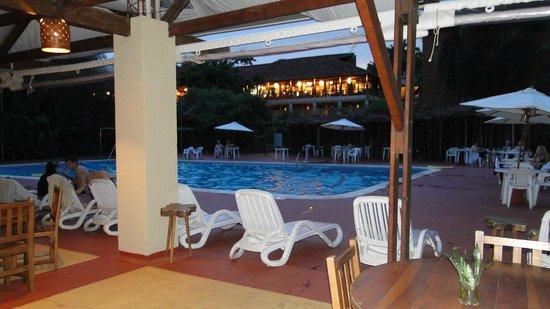 Raices Esturion Hotel: La pileta