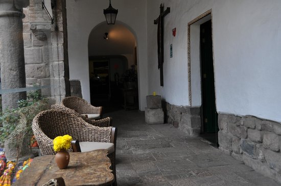 Casa Andina Premium Cusco: Just outside the reception area