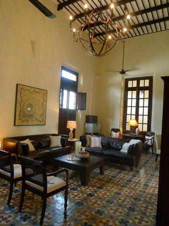 Hotel Villa Verde Merida: Living Room