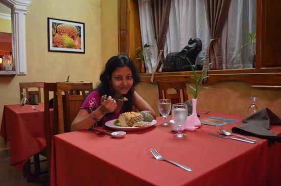 Angkor Pearl Hotel:                   Having Pineapple Fried Rice