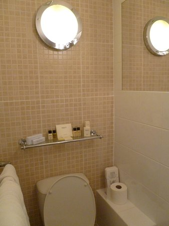 The Twenty One:                   bathroom 1