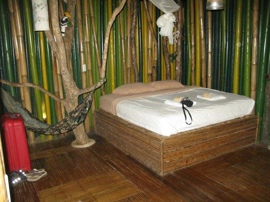 Khao Sok Tree House Resort:                   chambre à 15 m de haut