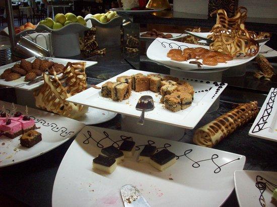 Papillon Ayscha Hotel Resort & Spa:                                     resto