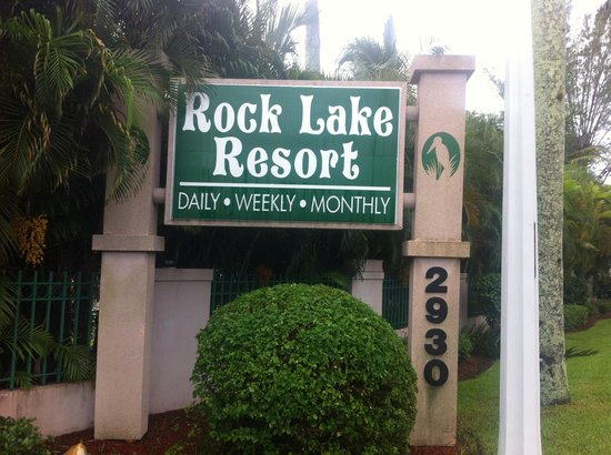 Rock Lake Resort:                   Welcome Sign