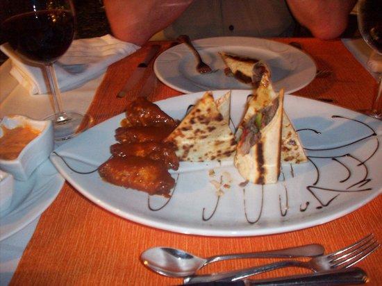 Papillon Ayscha:                                     resto mexicain