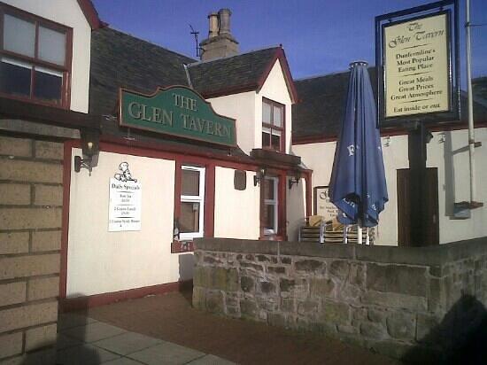 The Glen Tavern :                   the entrance