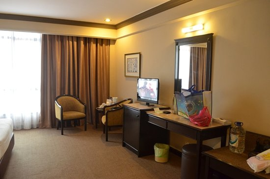 Mimosa Hotel: clean and maintain well