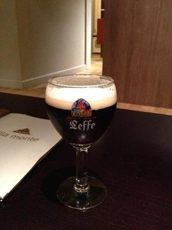 Hotel Villa Monte:                   gode øl i baren.