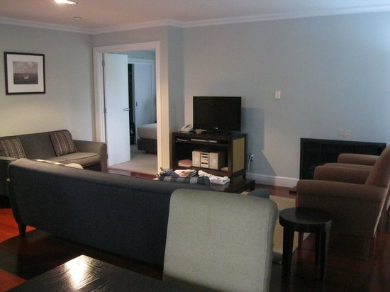 Russell Cottages : Living area