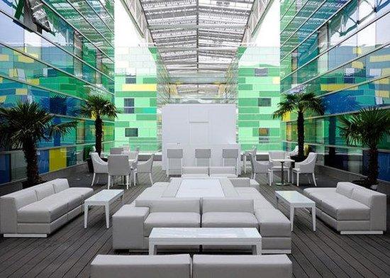 Comfort Hotel Centre Del Mon: Exterior